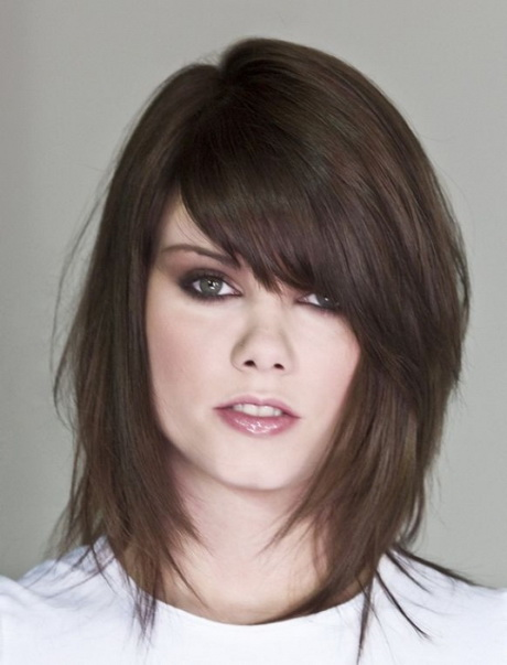 Short to medium length layered hairstyles for fine hair