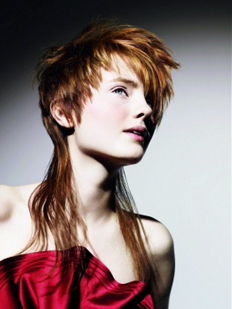 Short mullet hairstyles for women