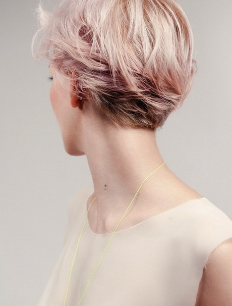 Pink Short Hairstyle 2014 – Back View of Layered Short Haircut