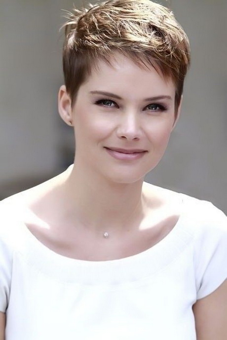 Styling Short Hair : Pics Photos Hot Short Pixie Hair Style Short Hairstyles Gallery