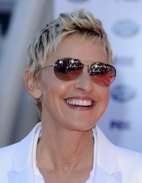 Short Pixie Hairstyles For Women Over 50
