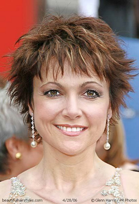 short hairstyles women over - photo #29