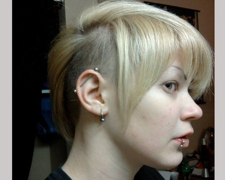 riku look 25 Glamorous Shaved Hairstyles For Women. Blonde Cut