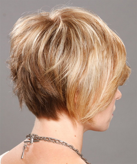 Elegant Short Stacked Layered Hairstyles