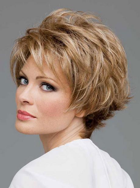 Short straight hairstyles for older women