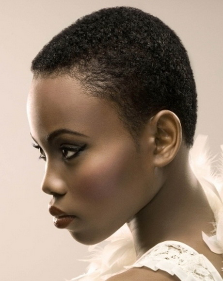 Short textured hairstyles for black women