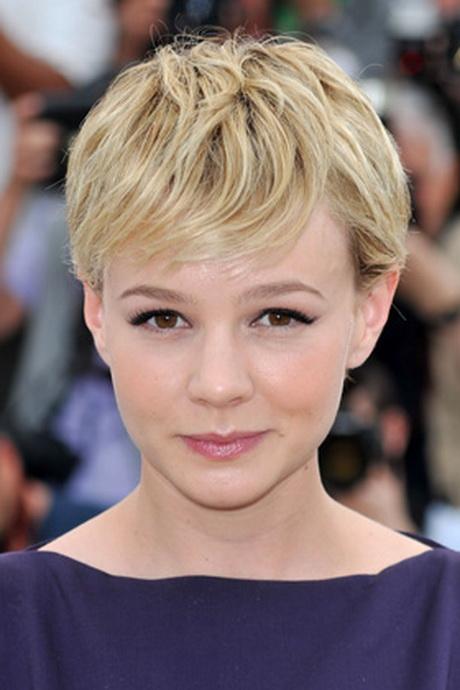 Short Textured Hairstyles Women 4