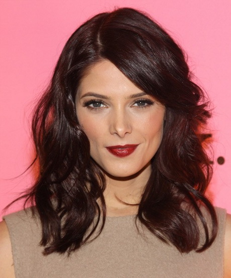 Shoulder length layered haircuts for women