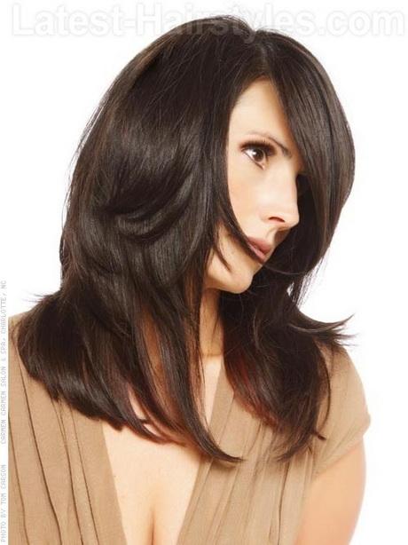 Straight layered haircut