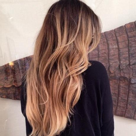 khoe kardashian spring highlights hair color square w352 jpg