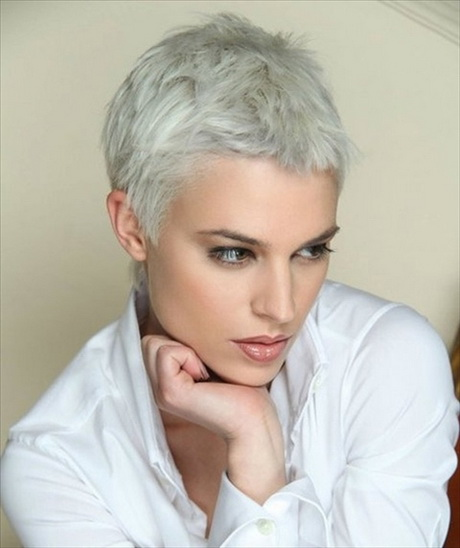 Super short haircuts for curly hair