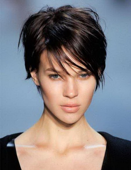 ... this hairstyle for a cool amazing look. Short Sophisticated Hairstyle