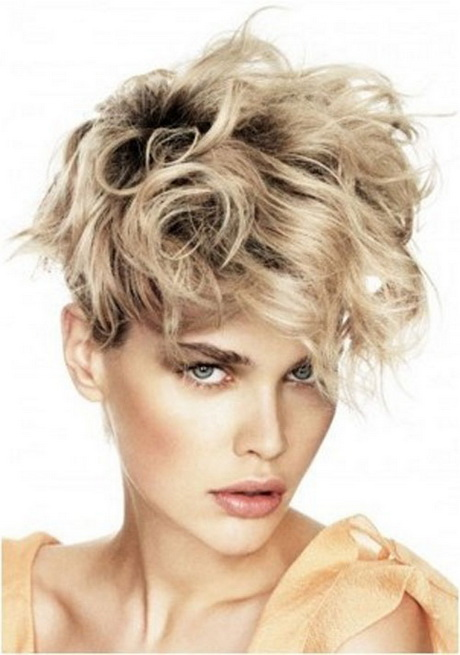 Unique hairstyles for short hair