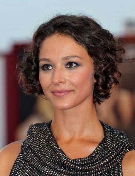Hairstyles For Really Curly Hair : Very short hairstyles for curly hair