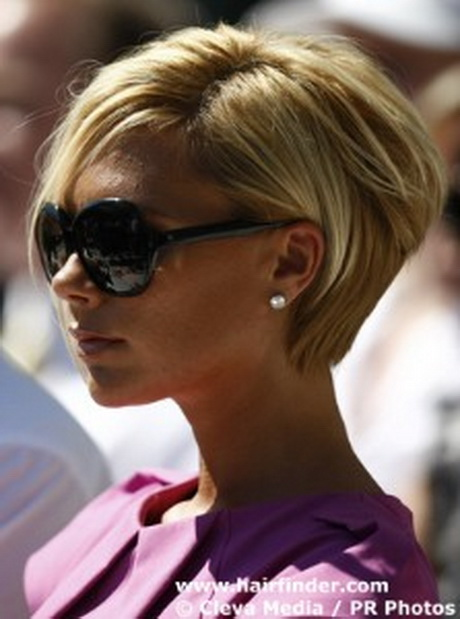 Victoria Beckham with short hair Victoria Beckham?s short haircut ...