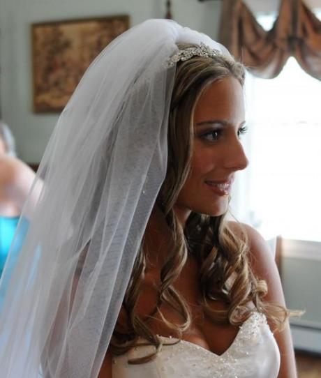 Wedding Hairstyle Down With Veil: Wedding Hair Half Up Half Down With Veil