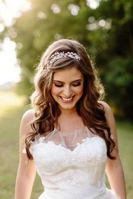 Bridal Hairstyles With A Headband : Wedding hair headbands