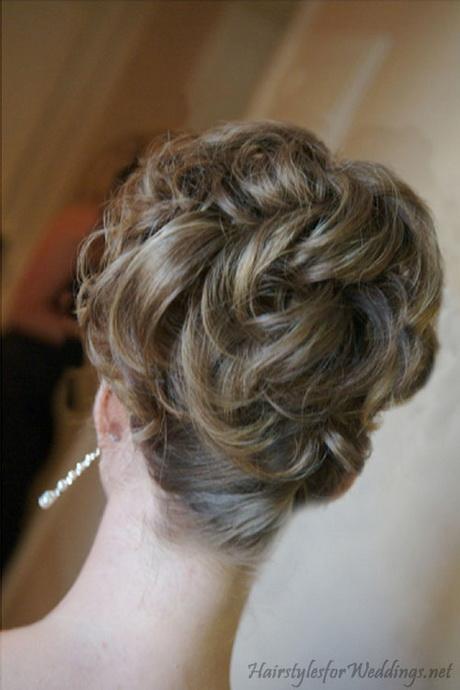 wedding hair updos for medium length hair. Black Bedroom Furniture Sets. Home Design Ideas