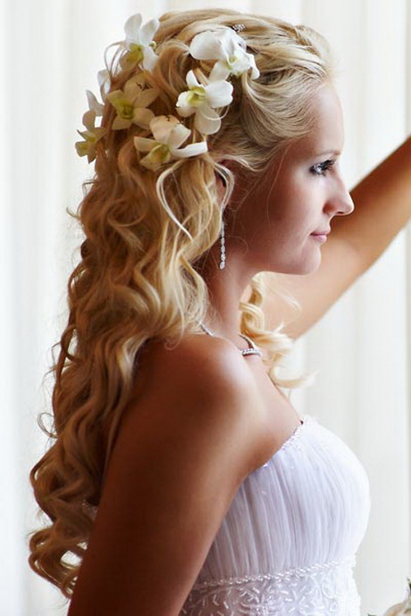 wedding hairstyles for long hair half up half down. Black Bedroom Furniture Sets. Home Design Ideas