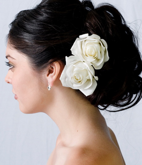 wedding hairstyles for long hair with flowers. Black Bedroom Furniture Sets. Home Design Ideas