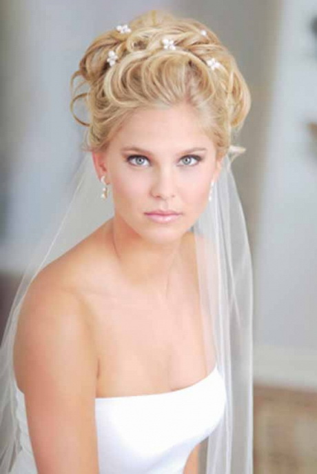wedding hairstyles for long hair with veil. Black Bedroom Furniture Sets. Home Design Ideas