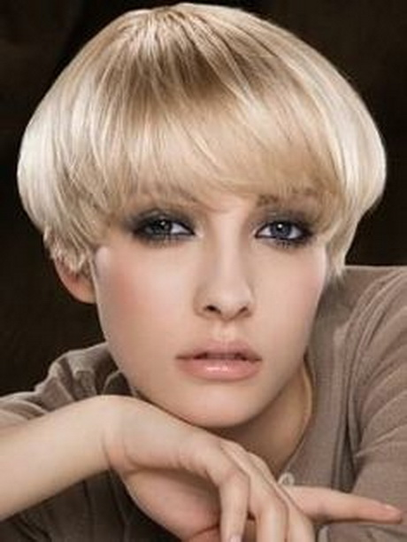 The wedge hairstyle is a classic short haircut gained popularity in ...