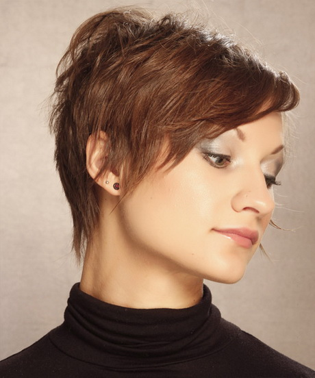 short wispy hairstyles : all through the back and sides to give this short simple style a wispy ...