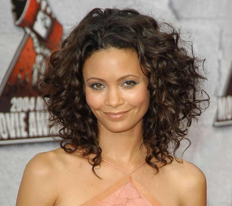 Medium Hairstyles Curly Hair Round Face For Shoulder Length