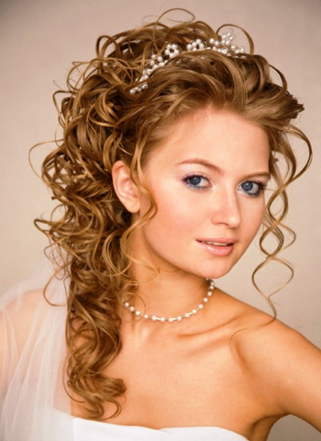 Hairstyles For Natural Curly Hair For Wedding