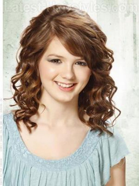 Cute Hairstyles For School Medium Length Hair : Cute medium length haircuts for curly hair