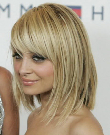 Cute Hairstyles For Shoulder Length Hair With Side Bangs And Layers : Cute medium length haircuts with bangs