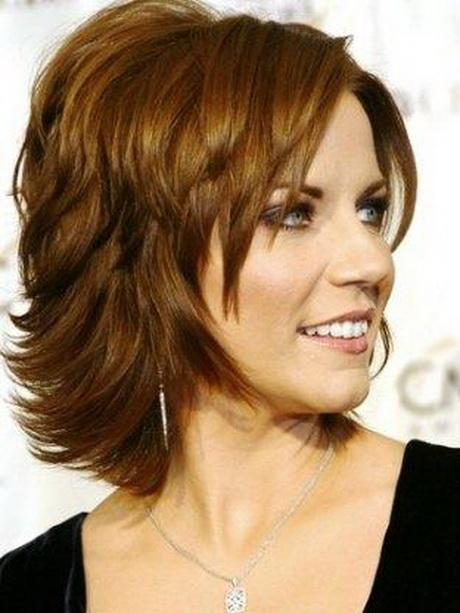 Hairstyles For Thick Wavy Hair For Women Over 40 50 0017