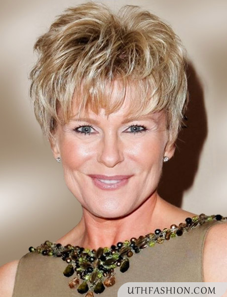 short hairstyles women over - photo #17