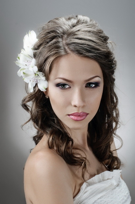 Perfect  Bridal Makeup And Hairstyles Hair For Weddings Makeup And Hair For