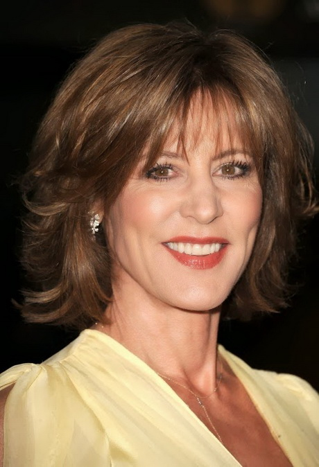 Shoulder-Length Hairstyles for Women Over 50
