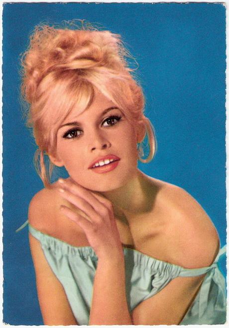 Hairstyles 60ies