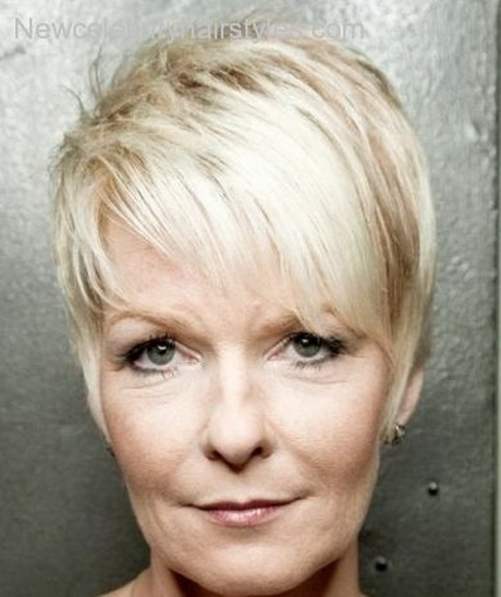 Short Hairstyles for Thin Hair Older Women