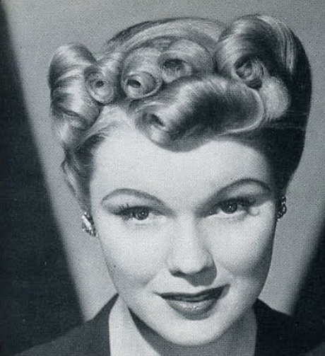 Hairstyles in the 1930s