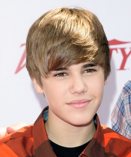 big forehead hairstyles guys : Justin Bieber Short Straight Hairstyle ? Light Brunette