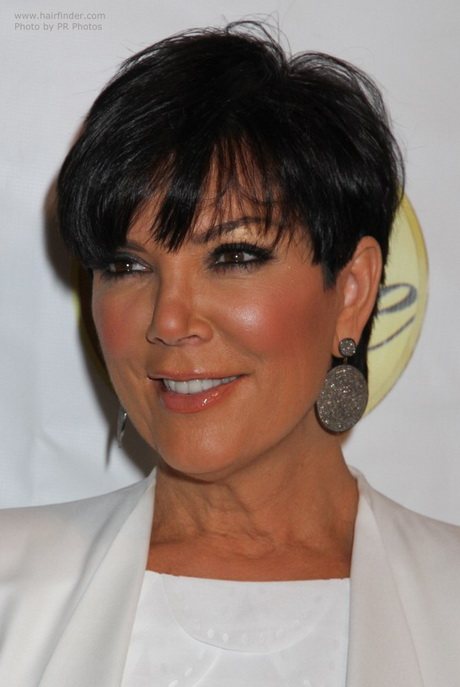 kris jenner wearing her hair short in a pixie