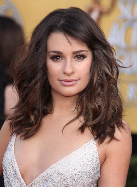 Hairstyles square face for Lea michele coupe de cheveux