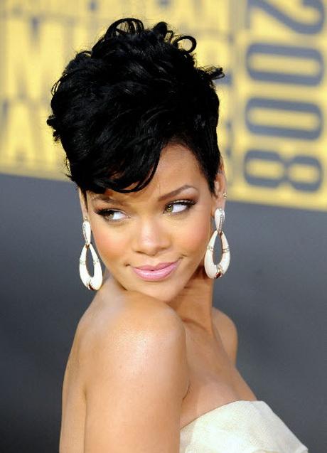 Rihanna Short Curly Hairstyles Rihannas hairstyles