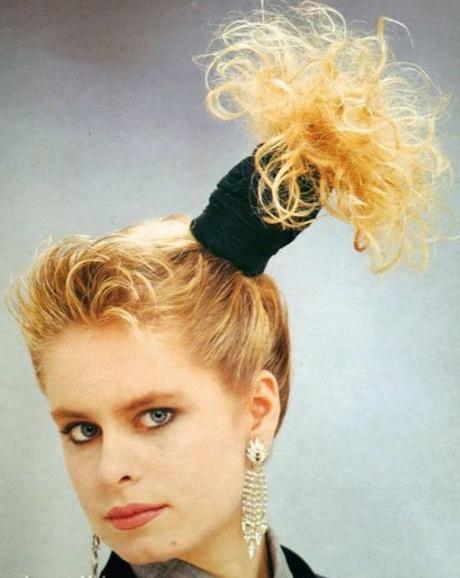 Мода 1980 года прически