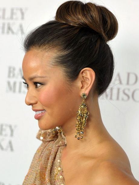 Hairstyles In A Bun