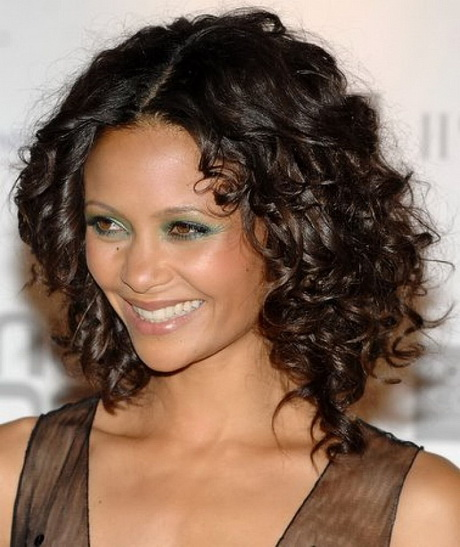 how to style thick naturally curly hair