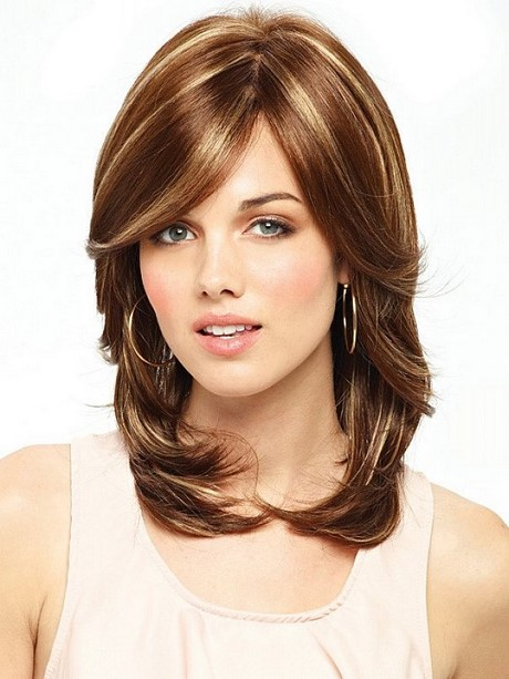 Pictures Of Medium Hairstyles For 2017 : Medium length layered haircuts