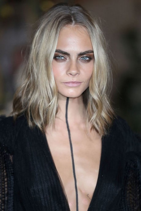 Perfect New Medium Length Hairstyles For 2019