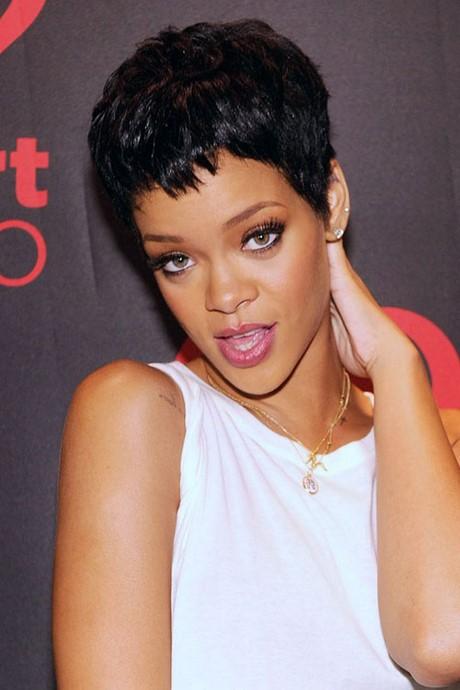 Rihanna short hairstyles 2017