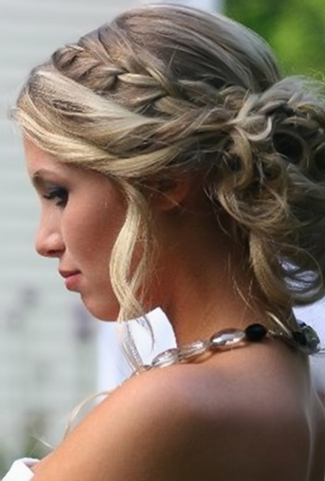 Hairstyles For Long Hair Updos For Formal : 14 Prom Hairstyles For Long Hair To Expose Your Natural Beauty Updos ...
