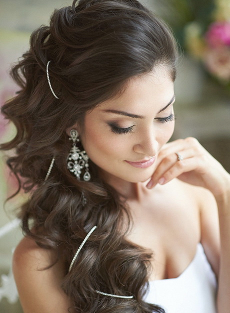 Luxury 14 Hairstyles For Brides